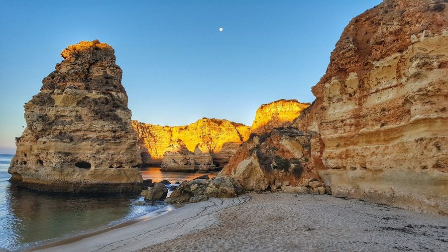 SCENIC VIEW OF MAJESTIC ROCK FORMATIONS IN PORTUGAL