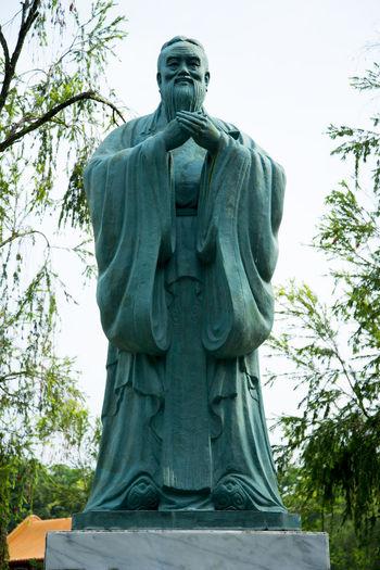 Statue of Confucius Singapore City Sculpture Statue Confucius Chinese Garden