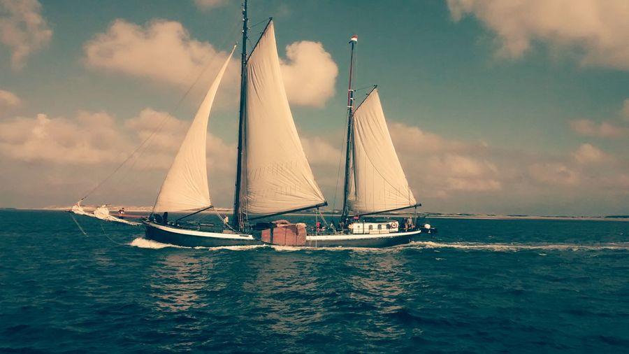 Sailing Away Nederlands Enjoying Life Feeling Free Freedom Nature Sailing Ship Starbucks Remembering Old Times