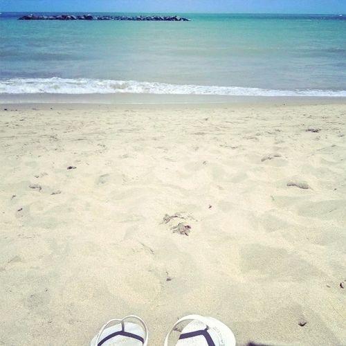 E não preciso de muito pra viver na paz. Só meu skate, a praiana e simpatia. Folga DiaDoPublicitario
