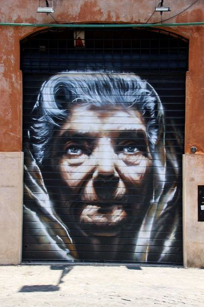 Women Portrait Adult Human Face Human Streetart Art Rome Italy People Outdoors Travel Traveling Roma Travel Photography Exploring City Life City Looking At Camera Sprayart Spraying Adventure Explorer Travelling Eu
