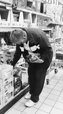 Streetphotography Black And White Photography Sonyxperiaz1 Shopping