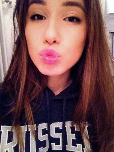 Holiday Hi! Hello World Kisses
