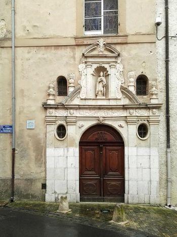 Door Building Exterior Architecture Built Structure Façade Entrance Mur Rue Portes