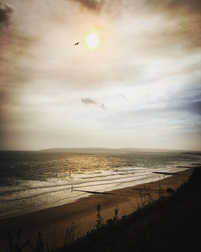 Sea Beach Water Sand Horizon Over Water Nature Shore Tranquil Scene Beauty In Nature Sky Tranquility Outdoors Kitesurfing Yellow Sky Yellow Tones Meditative Mindfulness Contemplative Melancholic Landscapes Soul Amazing View