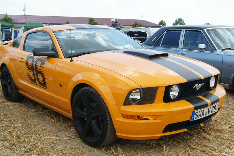 Car Car Show Day Muscle Cars Mustang Orange Outdoors Transportation US Cars V8 Yellow