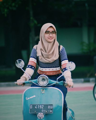 Schooter girl.. Adults Only Adult Togetherness People Front View Day Young Adult Standing Only Women Candid Confidence  Outdoors Sport Full Length Teamwork Young Women Friendship Vespavintage Smiling Portrait Blond Hair Vespa Indonesia Vespagirl Moods The Portraitist - 2017 EyeEm Awards