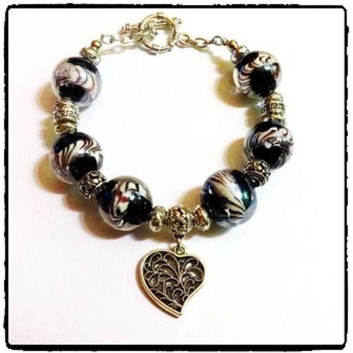 @fotor_apps Fotor браслет ручнаяработа муранскоестекло стиль сердечко купить купитьподарок подарок handmade heart muranoglass fashion style