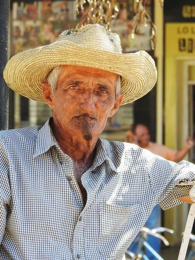 Cuba Nikon