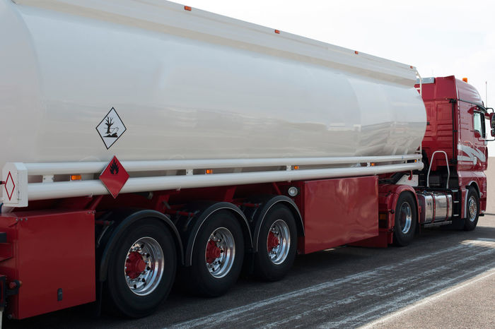 Truck Details Heavy Transport Convoy  Heavy Industry Road Freight Tank Truck Transportation Truck Details Commercial Vehicle Detail Excess Length Front View Heavy Haulage Highway Special Permit Technology Truck Trucks Vehicle Part Wheels