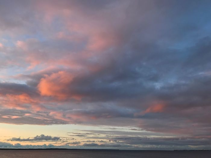 Cloud - Sky Sunset Sky Beauty In Nature Scenics Sea Nature Dramatic Sky Tranquil Scene Tranquility Water No People Outdoors Horizon Over Water Day