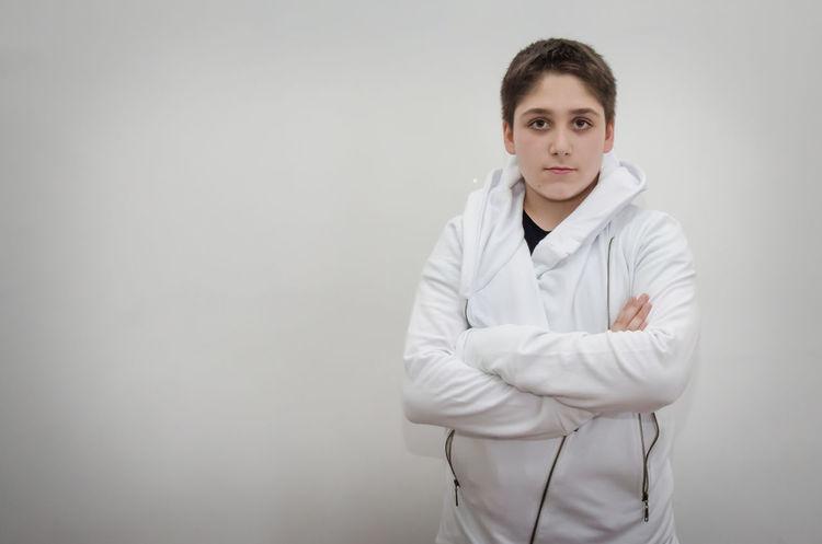 vestido de blanco White White Clothes Handsome Boy Kid Kidsphotography Model White Background Kids Being Kids