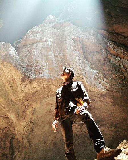 Keindahan yang tidak dapat diperbarui harusnya harusnya tetap dijaga sepanjang masa. Karst tidak hanya sekedar lukisan alam, ia menjaga bumimu agar tetap menjadi tempat yang nyaman untuk hidupmu. Visitkalsel Iamacreativ Thecreativmovement Cave Caving Speleologi Travel Adventure
