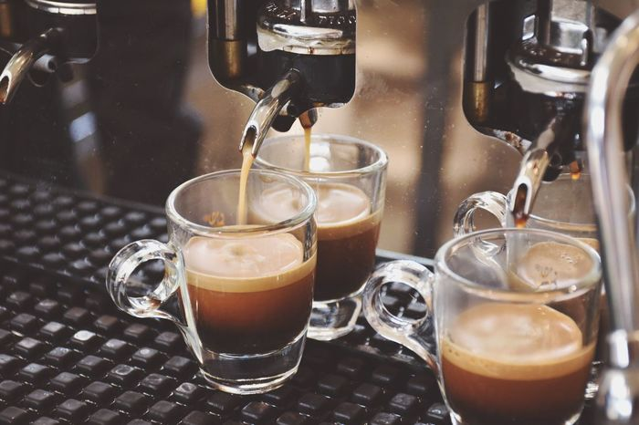 The italian coffee is here Coffee Coffee Time Making Coffee Bar Caffetteria Ristorante Italiano Mise En Place Caffè Macchina Del Caffe Coffee Machine Mug Brakefast Market Bestsellers November 2016