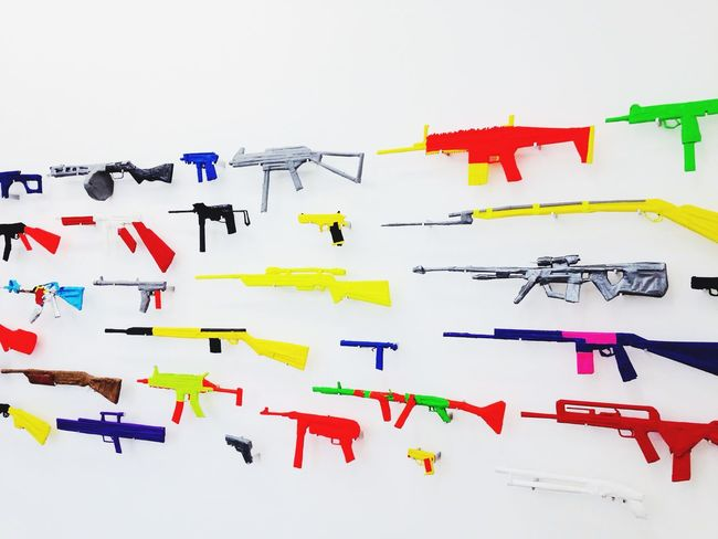 Growing Better : for info this peace of art is exposed in one of Paris' most active and internationally known gallery. Moreover this peace of art was realized by the artist Mel Ziegler 's children. Their dad didn't want to purchase toy guns so the kids just made their own! What I think is beautiful is that those arms ended up in a gallery as a piece of art, not it the kids bedroom! Arms aren't Toys , that's a first step for a Better World All Together
