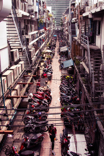 Architecture Day Large Group Of People Car Crowd Street Outdoors City Life Mode Of Transportation Real People High Angle View Built Structure City Streetphotography Street Photography EyeEmNewHere
