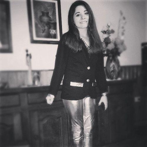 Smile Saturday Sábado Noche Happy Black White Nice Sweet Grr :)