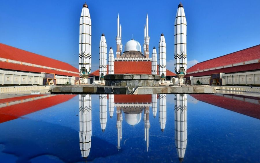 Architecture Reflection Mosque