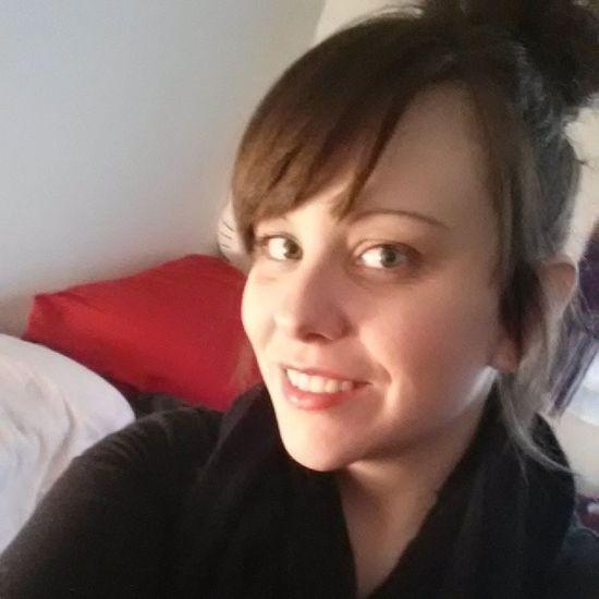 Selfie Instagirl Smileforthecamera RainyDay messybun makeup black gettingout