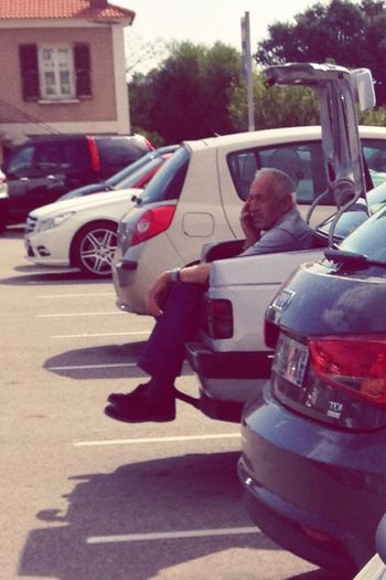 Hyper U Parking