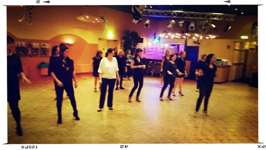 Workshop LadyStyle Salsa in progress
