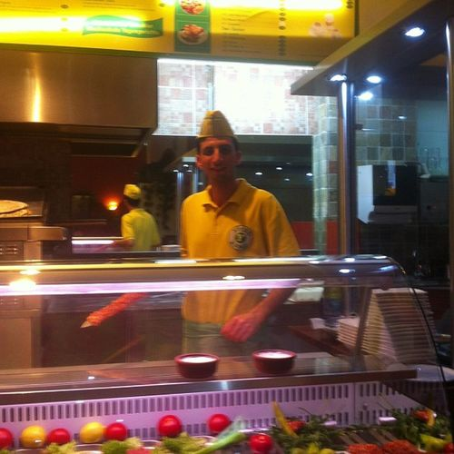 Berlin'de Şanliurfa mutfağının otantik temsilcisi YÜCEL KEBAP !!