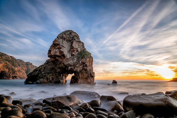 Stone Gorilla Rock Sea Sky Solid Water Beach Sunset Rock Formation Nature Horizon Over Water No People Outdoors Stack Rock Eroded Long Exposure Gorilla Clouds Coast