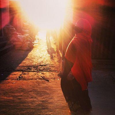 Winter Evening Sun Ray Light Shadow Women Veil Street Chaktai Chittagong Color Instagram The Street Photographer - 2017 EyeEm Awards The Portraitist - 2017 EyeEm Awards