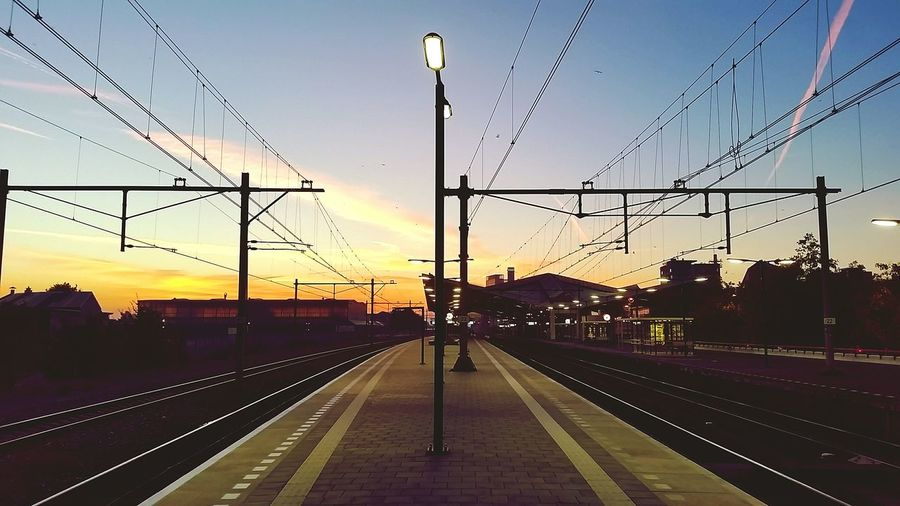Early Morning Railroad Track Trainlife Tilburg Netherlands Sunrise Smiles