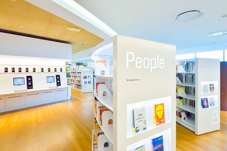 Singapore Orchard Library 3 Singapore Library Orchard Interior Shelves Books Architecture