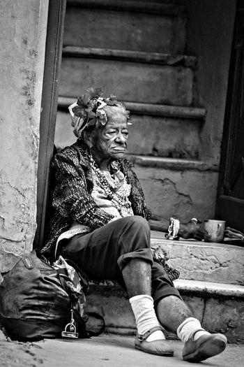 RePicture Femininity Enjoying Life Black And White Streetphotography