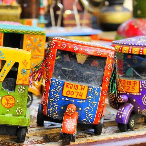 :: Autowala :: India Incredible_india Instadaily Incredible Auto Colour Artist Rajastan Jaipur Pink Green Yellow Coldplay Mini SPAIN España Bajaj Auto Handcraft Artist Exhibition Chennai Dastkiri Blue Bleed patterndesign folk