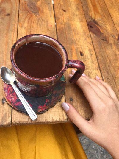 Summer Caffè Book Koyu Hand Food And Drink Drink Human Body Part Refreshment Human Hand Cup