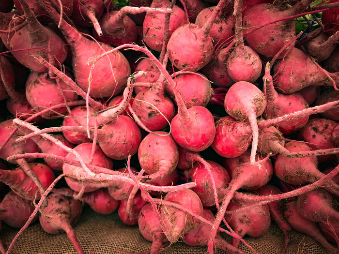 Farmers Market Fresh Produce Nature Abundance Backgrounds Common Beet Day Food Food And Drink For Sale Freshness Full Frame Healthy Eating High Angle View Large Group Of Objects Market Market Stall No People Organic Red Retail  Root Vegetable Still Life Vegetable Wellbeing