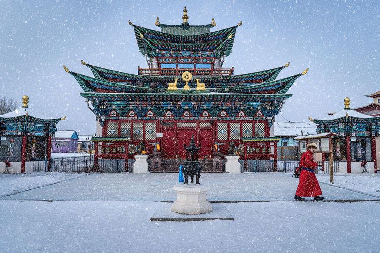Temple against building