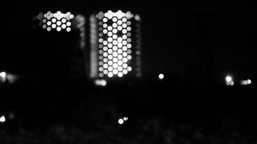 Halfweg Outoffocus Night Monochrome Lights Silos
