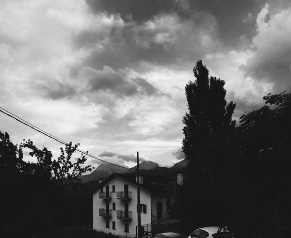 Vscoportrait VSCO Vscocam Landscape_photography Blackandwhite Monochrome Ferragosto2015 Mountains GranSassoSkyRace Sky_collection #montidellalaga