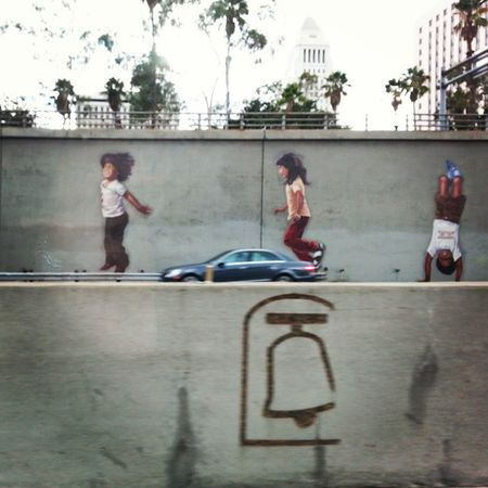 Kids playing on the freeway. Highway101 DowntownLA Leapfrog