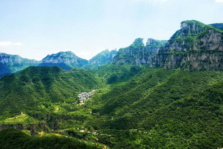China Photos Surrounded By Nature Mountain View Surrounded By Mountains Wildlife & Nature Outdoors Urban Nature Enjoying The Sights Summer Nature Travel Nature From My Point Of View Taking Photos Mountain Top Landscapes Landscape Streamzoofamily The Great Outdoors - 2017 EyeEm Awards