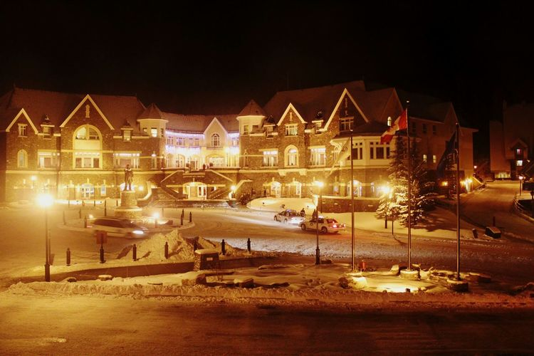 Wintertime Winter Streetphotography Banff National Park  Banff Springs Hotel Rockiemountains Night Lights Walking At Night Winterscapes Night Photography