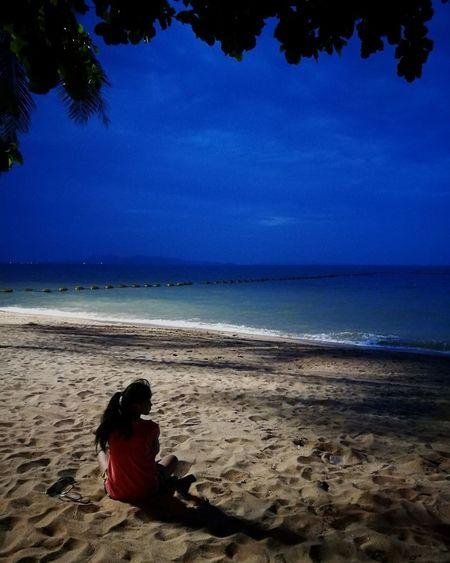 Pattaya Beach Jomtien Beach Thailand Relaxation Outdoors Before Sunset EyeEmNewHere