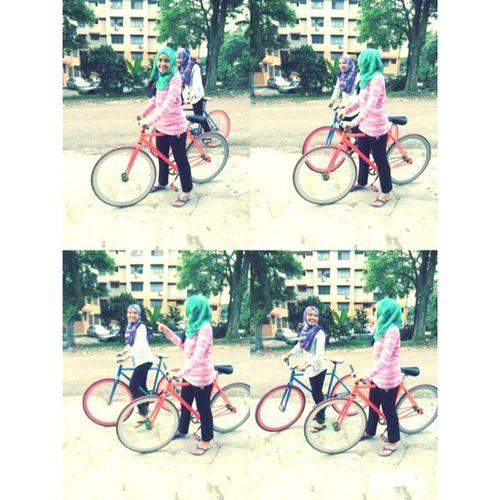 Sepetang Bike Nibong Tamandaya *main basikal ngn k.qyla naik basikl haikal ngn kimie ^^ ...happy kay happy.... :) Destination rumah k.nad