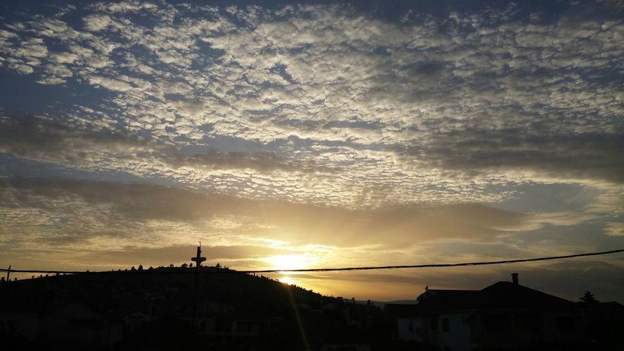 Amazing Sky Sunset ☀🌄