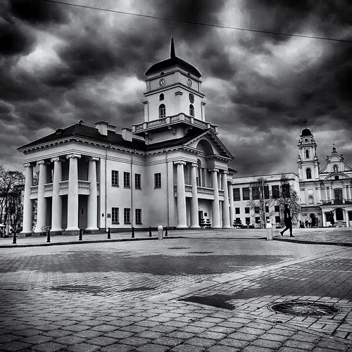 Old Town Hall Architecture City Cloud - Sky Mobilephotography Outdoors Storm Cloud