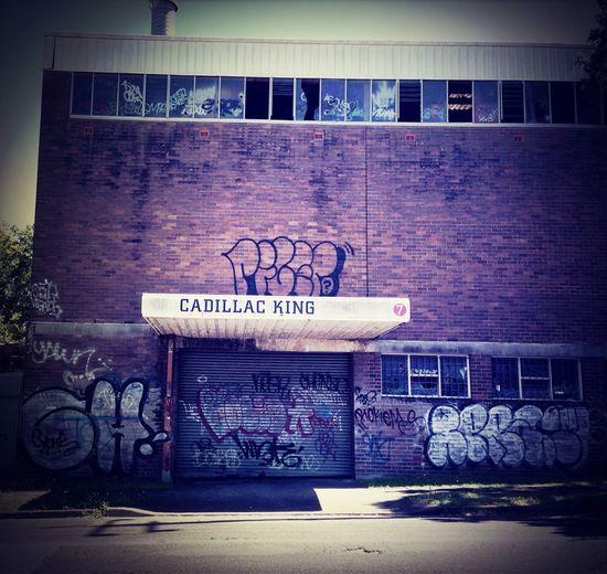 Cadillac King is dead. Long live ... Taking Photos Abandonedbuilding Abandoned Warehouse Graffiti