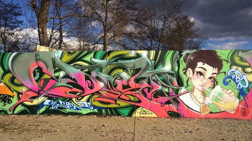 Dejoe  and Stereoheat of SBB Superbadboys Graffiti Streetart Berlin