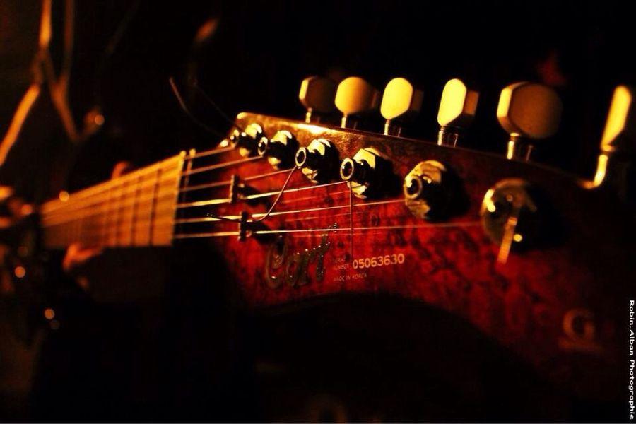 Le clip du groupe Bonetcha, allai voir leur clip sur youtube ( on ralume l'etoile ) Guitars Groupe Photographer Photography