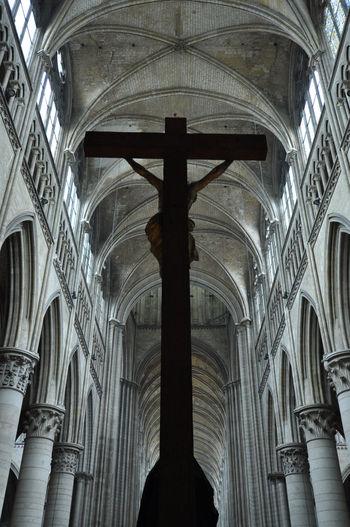 Amiens Amiens Cathedral Architecture Built Structure Cathedral Cathédrale Notre-dame D'amiens Church Crucifix Crucifixion Jesus Jesus Christ Place Of Worship Religion Sacral Architecture Sacral Building Travel Destinations EyeEmNewHere