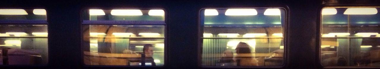 Une petite partie d'une photo pour une partie du quotidien Public Transportation Taking Photos IPhoneography Moments