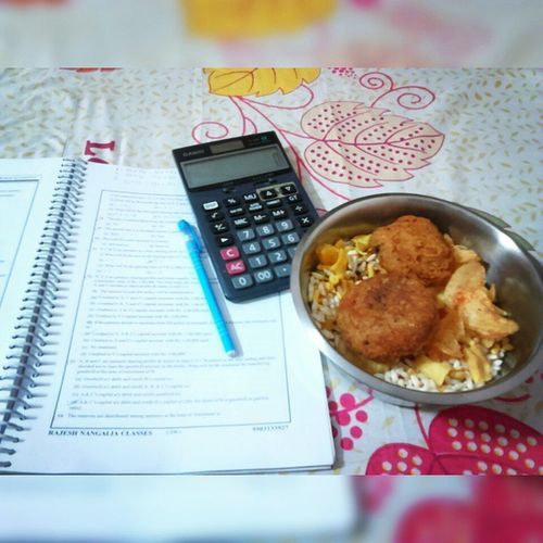 Muri, Telebhaja and ACCOUNTS !!😜📖📟📓📚 Muri Puffedrice Oily Fried Telebhaja Muri_Telebhaja A_Strong_Bonding Food Studytime Exams